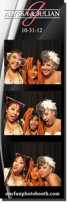 Alyssa & Juilian's Wedding Photo Booth in Twin Falls Idaho